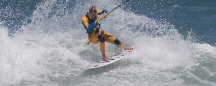 Kite surfboard - bend your legs