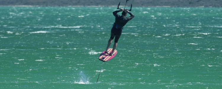 blog-hydrofoil-surfboard-sub-header-tacks